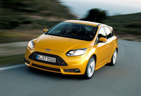 ford focus st review 2012 parkers