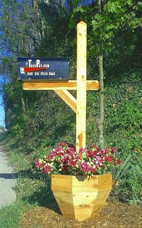 Mailbox Post With Planter by 15 Mailbox Planter Ideas To Spruce Up Your Garden