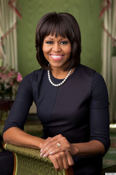 Hometown Sofa Set by Michelle Obama S Portrait For 2013 Includes Bangs Photos