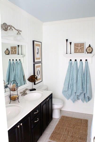 Interior and bedroom seaside bathroom decor