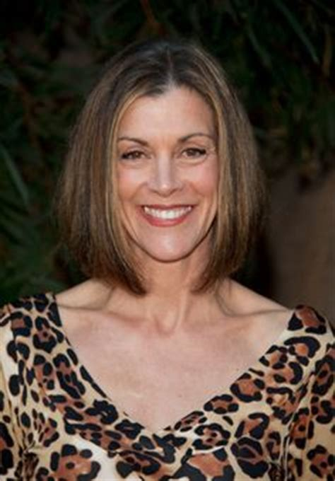wendy malicks new shag haircut wendie malick lives with big animal personalities on her