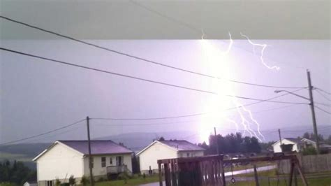lightning hits house big lightning bolt hits house youtube