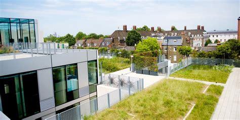 livi aprtments green roof greening city