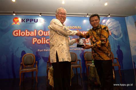Hukum Persaingan Usaha Di Indonesia Kppu komisi pengawas persaingan usaha 187 semnas global outlook persaingan usaha untuk indonesia yang