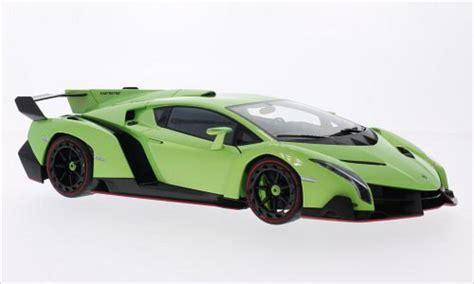 Metallic Green Lamborghini Lamborghini Veneno Metallic Green 2013 Autoart Diecast