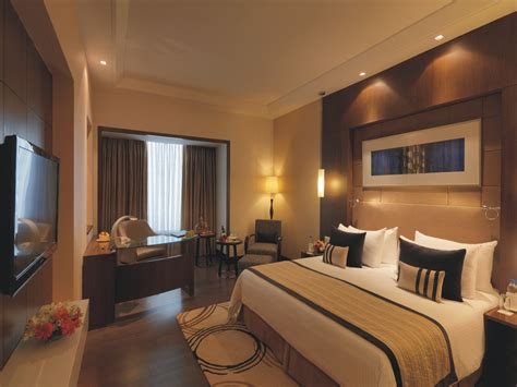 hotel taj room rent hotel suites near taj mahal radisson agra taj east gate