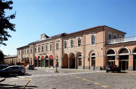pavia stazione treni stazione di voghera