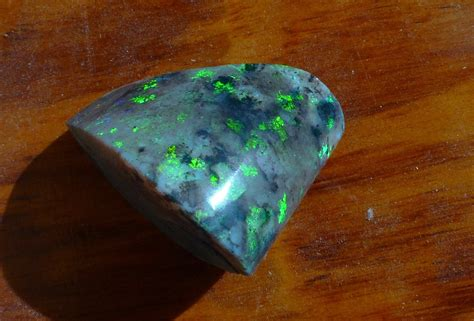 andamooka opal treatment of andamooka matrix opal johno s opals