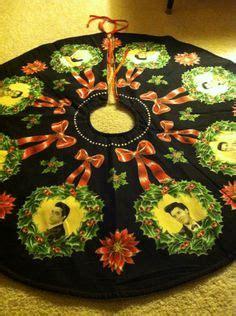 elvis christmas tree skirt 1000 images about elvis on elvis elvis and