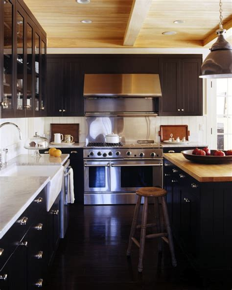 Black Beadboard Backsplash Design Ideas