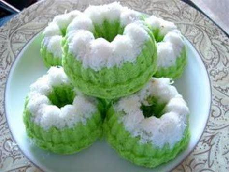 membuat kue putu ayu kue putu ayu green cake delicious taste