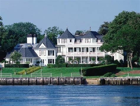 Custom Home, Rumson, New Jersey Traditional Exterior New York by Rudolph Architects