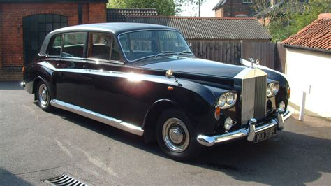 vintage rolls royce phantom wedding hire a vintage rolls royce for a wedding
