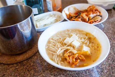 Ramen Kimchi Go kimchi ramen recipe 15 minute recipe