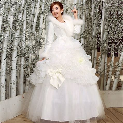 Fabulous Bridal Gowns For Winter Weddings   Ohh My My