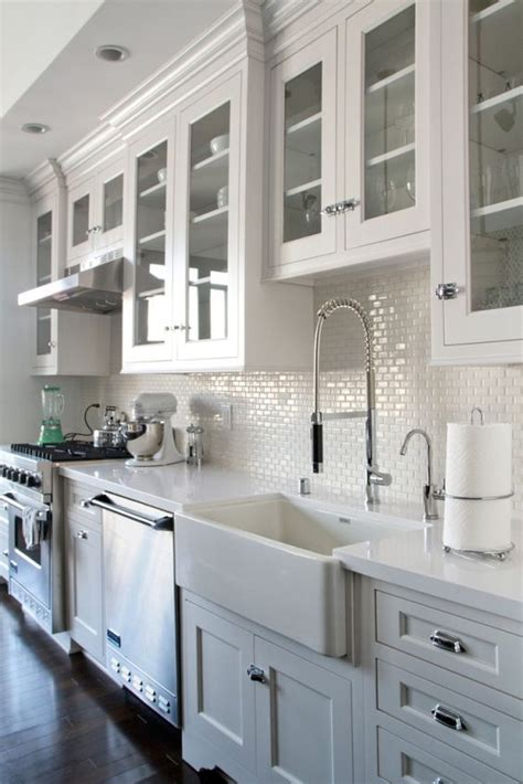 white kitchen cabinets with glass doors best 25 glass kitchen cabinets ideas on pinterest white
