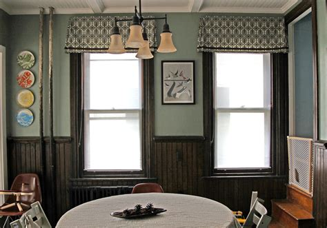 Dining Room Valances | the dining room windows the valances stately kitsch