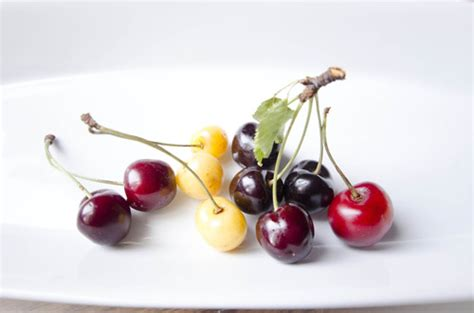 different types of cherries