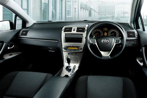 Toyota Avensis 2008 Interior by Get Last Automotive Article 2015 Lincoln Mkc Makes Its