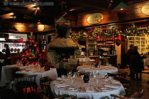 christmas decoration restaurant ideas holliday decorations