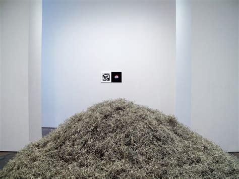 1 million dollars black friday stefan bondell artist opens exhibition on black friday so