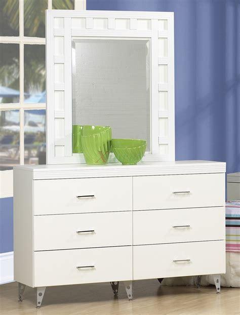 White Dresser Set by White Dresser Set Line Priscilla Dresser With Mirror Xiorex