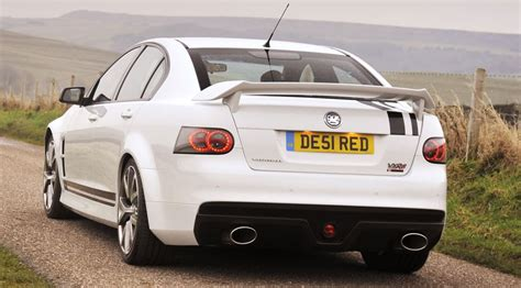 s day holden vauxhall vxr8 bathurst s 2009 review by car magazine