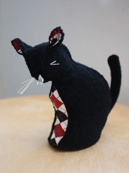 Joyna Top Black Mininos 107 best images about cat felt on brooches folk and wool
