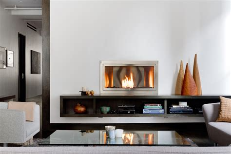 Splashy gel fuel fireplace in Living Room Contemporary