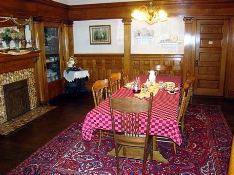 file dining room pabst mansion jpg wikipedia file simmons bond house dining room jpg wikimedia commons