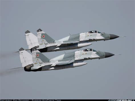 mikoyan mig 19 russian aircraft books mikoyan gurevich mig 29smt 9 19 russia air