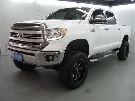 toyota lifted 2015 toyota tundra lifted www pixshark com images