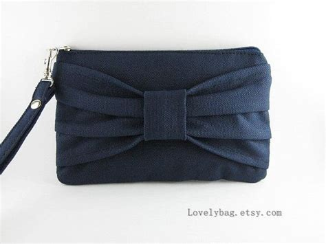 Big Bow Clutch Bags At Barratts by Best 25 Wedding Gift Bags Ideas On Wedding