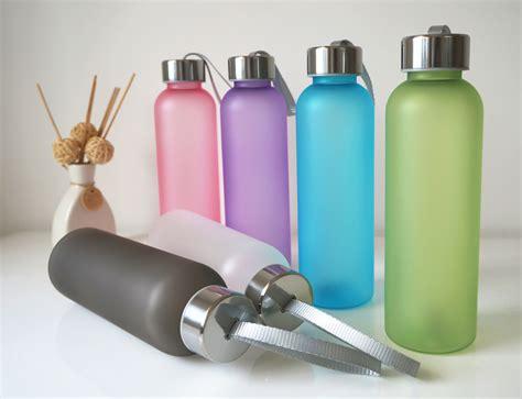 Botol Minum Model Buah Sm 8560 botol minum plastik tabung clear color frosted 550 ml sm 8198 white jakartanotebook