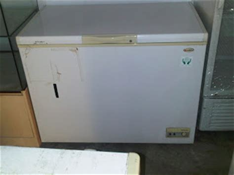 Freezer Box Merk Aqua kerinda cahaya equipment freezer box cap 300ltr merk