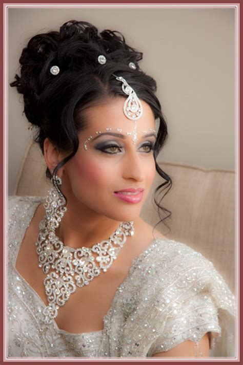 Hindu Wedding Hairstyles For Hair by Indian Wedding Hairstyles For Medium Hair Search