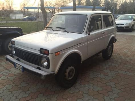 lada di sale himalayano prezzo sold lada niva 1 7 cat mpi dual fu used cars for sale