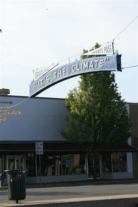 what s going on in august here in grants pass or