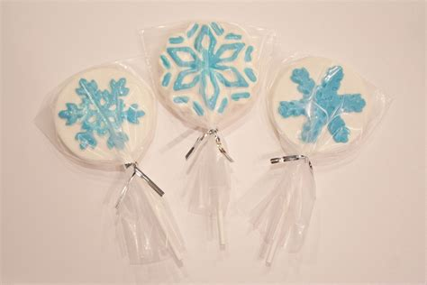 Frozen Giveaways - candy favors for disney frozen party chica and jo