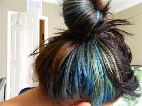is streaking still popular on hair best 25 green hair streaks ideas on pinterest streaks