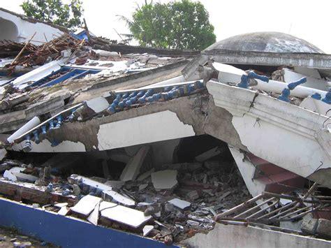 Gempa Bumi gempa bumi blitarvaganza