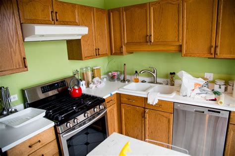 How To Paint Wooden Kitchen Cabinets by Diy How To Paint Wood Kitchen Cabinets Nesting