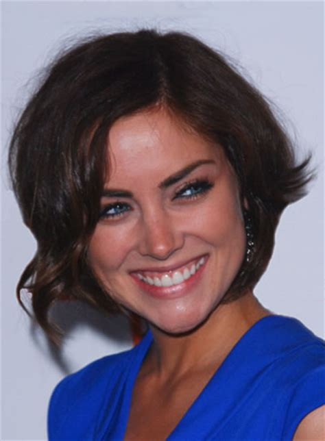 brunette hairstyles for heart shaped faces short wavy funky hairstyles beauty riot