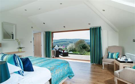 top    hotels views  england telegraph travel