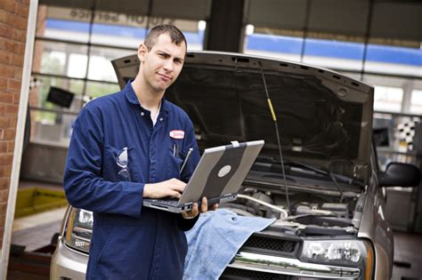 Auto Machenic by How To Become An Auto Mechanic