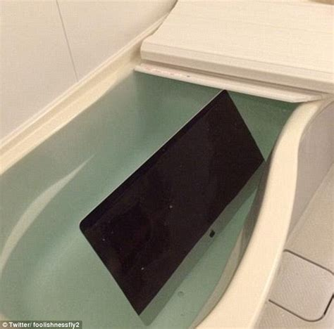 cheating in the bathroom jilted woman gets revenge on cheating boyfriend by setting