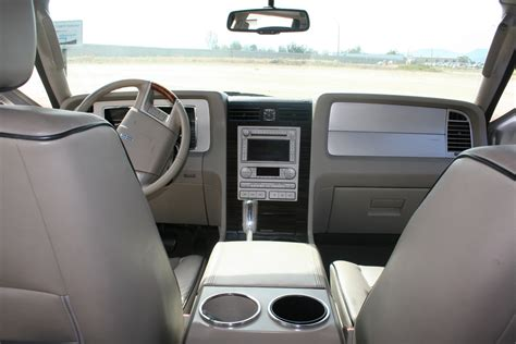 2007 Lincoln Navigator Interior by 2007 Lincoln Navigator Interior Pictures Cargurus