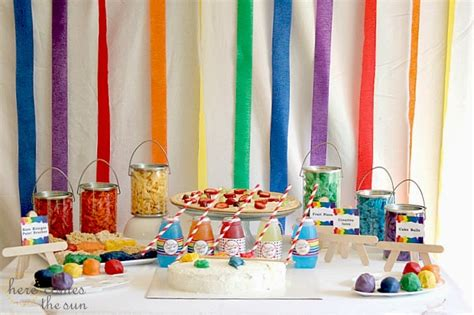 host  art birthday party    sun