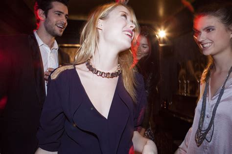 Going Out in Paris: Are There Any Typical Dress Codes?