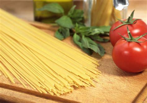 cucina italiana dall italia con gusto apre a hong kong l accademia di